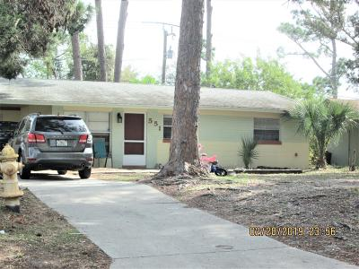South Daytona Single Family Home For Sale: 551 Cambridge Circle