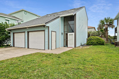 Flagler Beach Single Family Home For Sale: 716 N Central Avenue