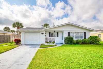Ormond Beach Single Family Home For Sale: 16 Aqua Vista Drive