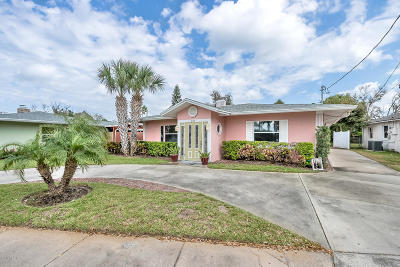 Daytona Beach Single Family Home For Sale: 2110 N Halifax Avenue