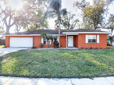 Port Orange Single Family Home For Sale: 950 Tall Pine Drive