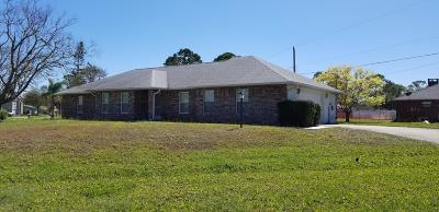 Edgewater Single Family Home For Sale: 3104 Umbrella Tree Drive
