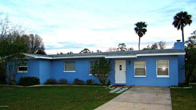 New Smyrna Beach Single Family Home For Sale: 720 Francis Avenue