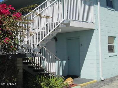 Daytona Beach Condo/Townhouse For Sale: 2600 Tulane Avenue #7