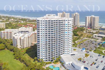 Daytona Beach Shores Condo/Townhouse For Sale: 2 Oceans West Boulevard #1403