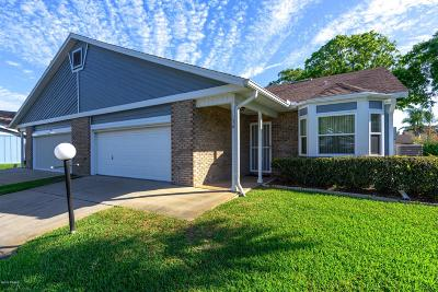 Daytona Beach Single Family Home For Sale: 156 Kingbird Circle #2120