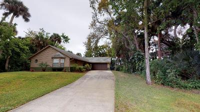 Edgewater Single Family Home For Sale: 152 N Cory Drive