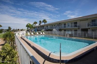 New Smyrna Beach Condo/Townhouse For Sale: 335 N Causeway #A-3