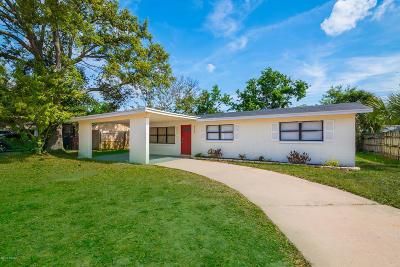 Daytona Beach Single Family Home For Sale: 927 Derbyshire Road