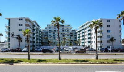 Daytona Beach Condo/Townhouse For Sale: 2727 N Atlantic Avenue #204