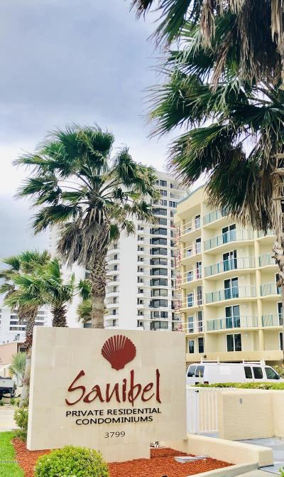 Daytona Beach Condo/Townhouse For Sale: 3799 S Atlantic Avenue #206