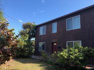 Daytona Beach Single Family Home For Sale: 17 S Halifax Avenue