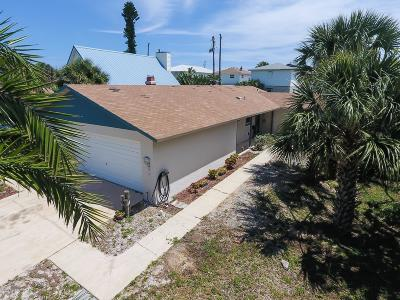 New Smyrna Beach Single Family Home For Sale: 1603 Beacon Street