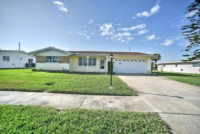 Single Family Home For Sale: 32 Sunrise Avenue