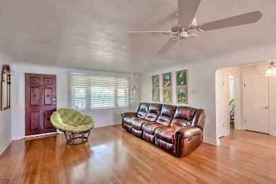 Daytona Beach Shores Single Family Home For Sale: 2832 S Atlantic Avenue