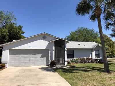 Deltona Single Family Home For Sale: 1249 Worthington Drive