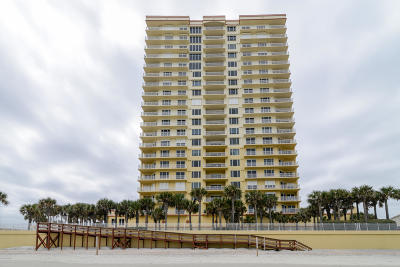 Daytona Beach Condo/Townhouse For Sale: 2300 N Atlantic Avenue #701