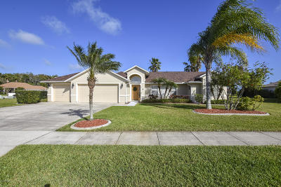 Port Orange Single Family Home For Sale: 1827 Forough Circle