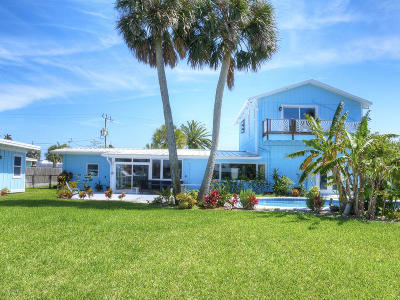 New Smyrna Beach Single Family Home For Sale: 231 Middle Way