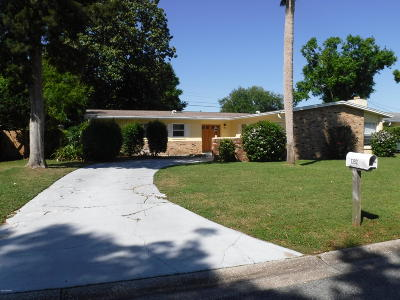 Daytona Beach Single Family Home For Sale: 1392 Sunland Road