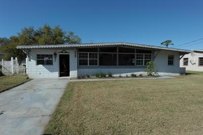 New Smyrna Beach Single Family Home For Sale: 464 Judy Street