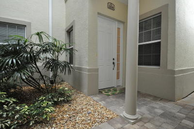 Palm Coast Condo/Townhouse For Sale: 200 Riverfront Drive #C104