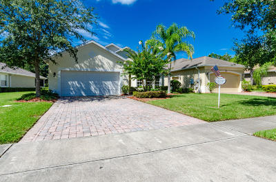 Daytona Beach Single Family Home For Sale: 1121 Champions Drive