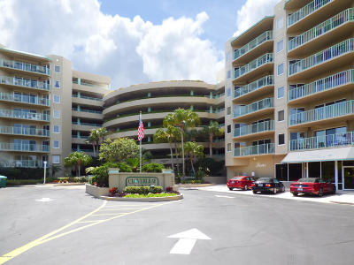 Daytona Beach Shores Condo/Townhouse For Sale: 4 Oceans West Boulevard #104D