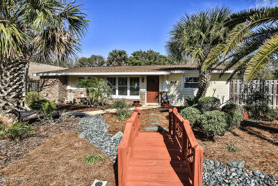 New Smyrna Beach Single Family Home For Sale: 828 E 13th Avenue