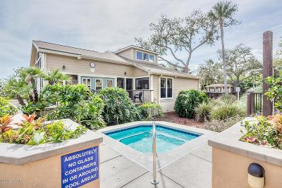 Daytona Beach Condo/Townhouse For Sale: 1401 S Palmetto Avenue #304