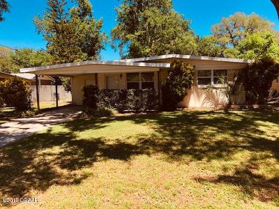 Holly Hill Single Family Home For Sale: 617 Marlene Drive