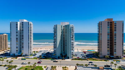 Daytona Beach Shores Condo/Townhouse For Sale: 3047 S Atlantic Avenue #B050