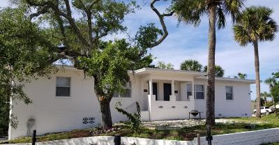 Daytona Beach Multi Family Home For Sale: 419 N Peninsula Drive