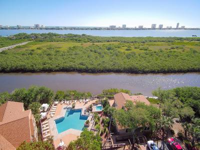 Daytona Beach Condo/Townhouse For Sale: 1401 S Palmetto Avenue #218