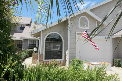 Port Orange Condo/Townhouse For Sale: 2003 Cornell Place #02