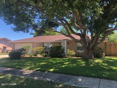 Port Orange Single Family Home For Sale: 202 Leisure Circle
