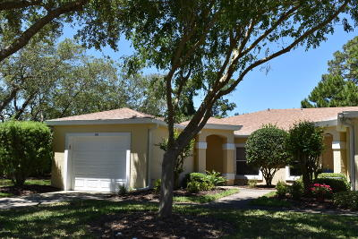 New Smyrna Beach Condo/Townhouse For Sale: 140 Turnbull Villas Circle