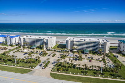 Ponce Inlet, South Daytona, Wilbur-by-the-sea Condo/Townhouse For Sale: 4631 S Atlantic Avenue #8207