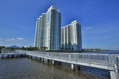 Holly Hill Condo/Townhouse For Sale: 241 Riverside Drive #304