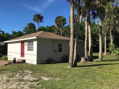 New Smyrna Beach Single Family Home For Sale: 335 N Myrtle Avenue