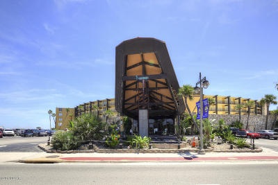Daytona Beach Shores Condo/Townhouse For Sale: 2301 S Atlantic Avenue #128