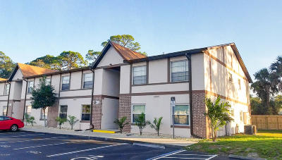 South Daytona Condo/Townhouse For Sale: 421 Banana Cay Drive #D