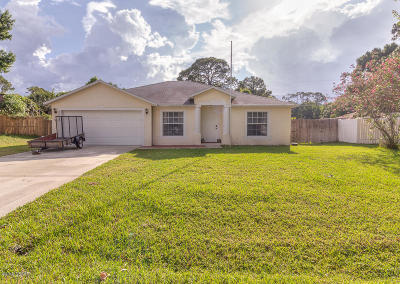 Edgewater Single Family Home For Sale: 2718 Tamarind Drive
