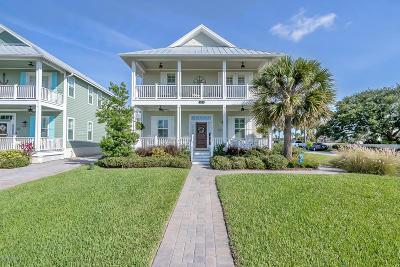 New Smyrna Beach Single Family Home For Sale: 465 N Causeway