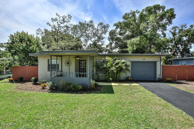 Single Family Home For Sale: 60 Reynolds Avenue