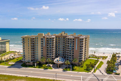 Daytona Beach Shores Condo/Townhouse For Sale: 1925 S Atlantic Avenue #306