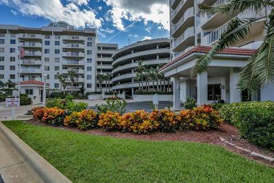 Daytona Beach Shores Condo/Townhouse For Sale: 3 Oceans West Boulevard #3D6