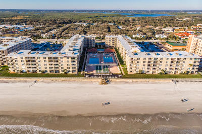 New Smyrna Beach Condo/Townhouse For Sale: 4151 S Atlantic Avenue #116