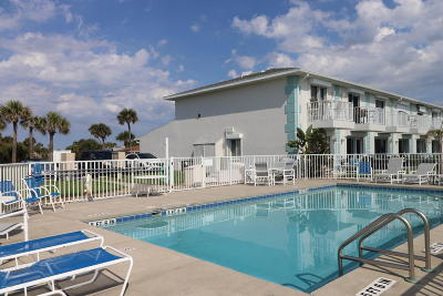 Volusia County Condo/Townhouse For Sale: 2470 Ocean Shore Boulevard #1100