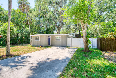 Holly Hill Single Family Home For Sale: 836 Orange Avenue